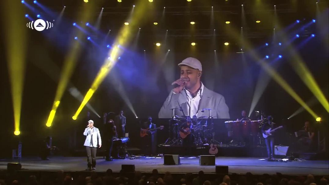 Maher Zain - Assalamu Alayka - Awakening Live At The London Apollo