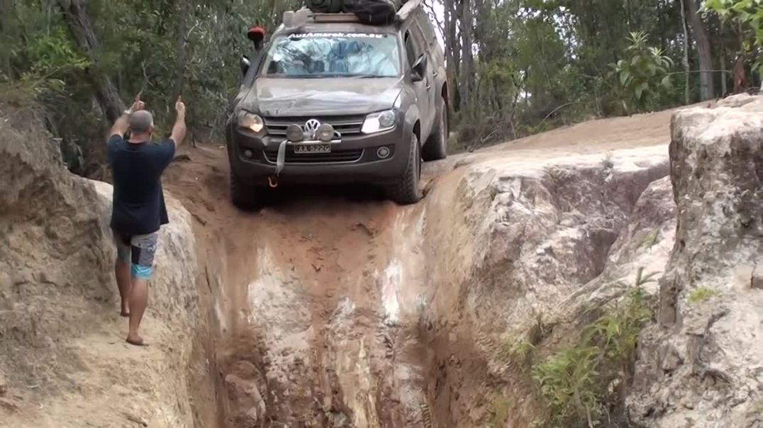 VW Amarok Tackling Gunshot Creek Sept