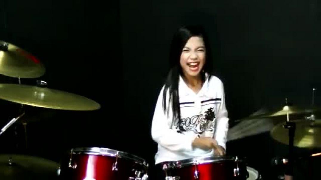 Mere Khwabon Mein Jo Aaye - Drum Cover by Nur Amira Syahira